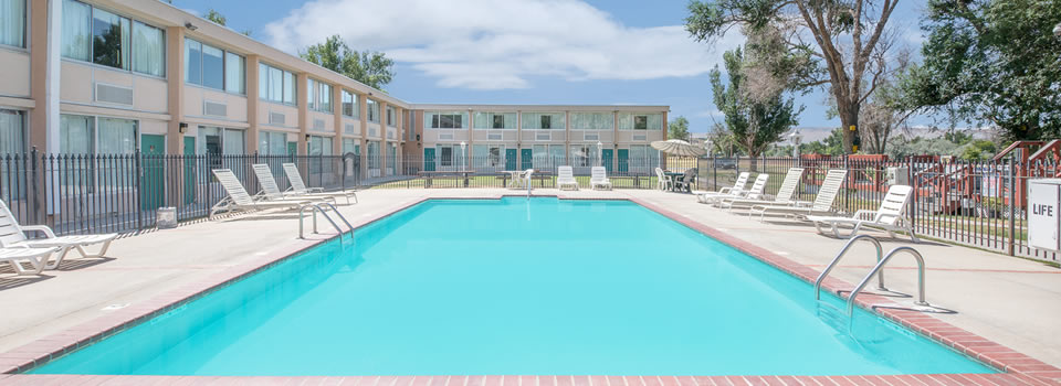 Thermopolis Wyoming Days Inn Hotel Motel Lodging Accomodations Hot Springs Convention Center